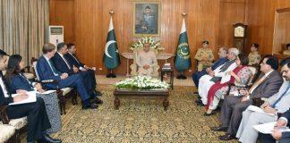 Односторонний шаг Индии в оккупированном Кашмире поставил под угрозу региональный и международный мир - президент Ариф Алви
